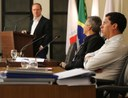 Professor da UFV apresenta projeto na Câmara